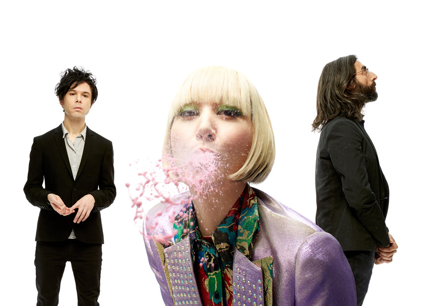 The Guardian —<br>Yeah Yeah Yeahs